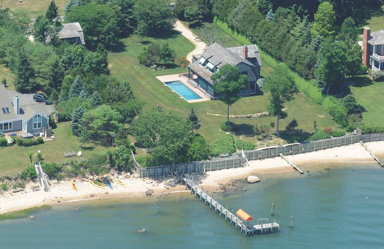 Residential at Shelter Island, NY 11964