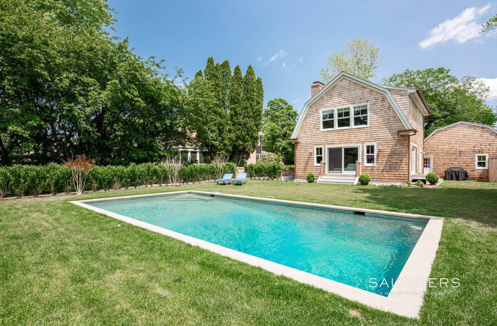 2. Single Family Homes at Modern Update In A Prime Location East Hampton, East Hampton Town, NY 11937