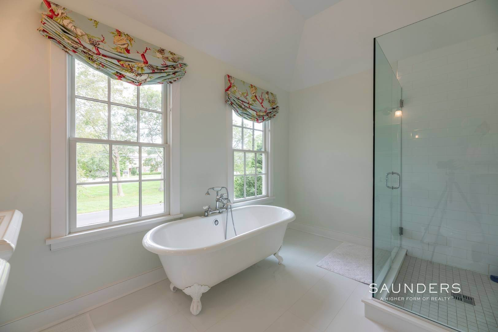 12. Single Family Homes for Sale at East Hampton Village Traditional South Of The Highway 21 Buckskill Road, East Hampton, East Hampton Town, NY 11937