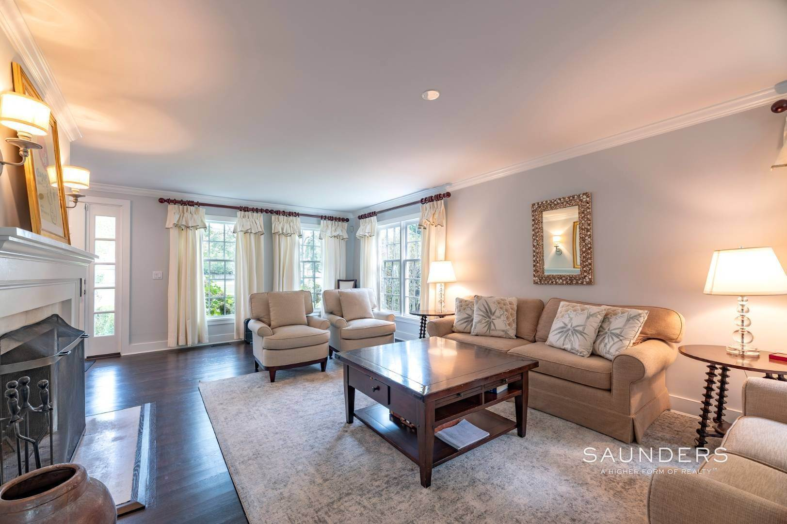 4. Single Family Homes for Sale at East Hampton Village Traditional South Of The Highway 21 Buckskill Road, East Hampton, East Hampton Town, NY 11937