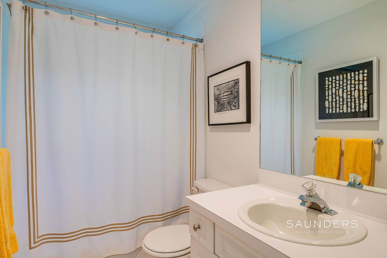 12. Single Family Homes at Sagaponack Traditional For Summer Rental 997 Sagg Road, Sagaponack, Southampton Town, NY 11962