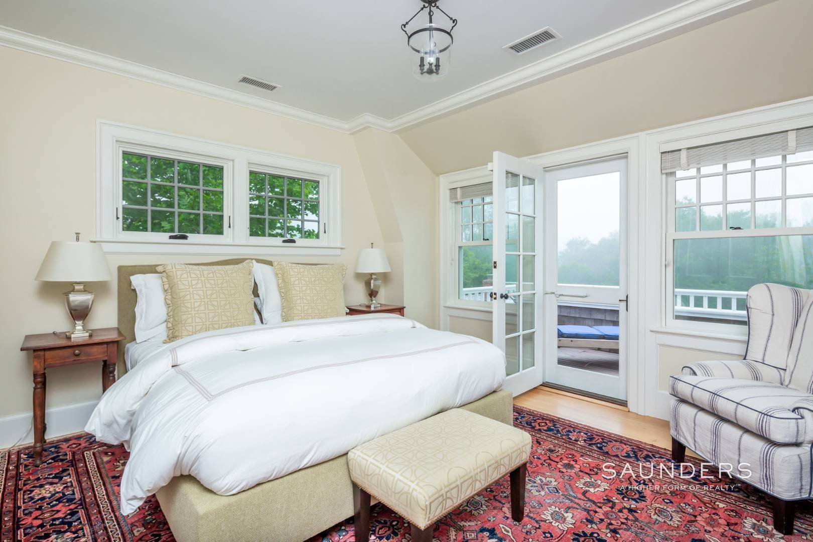 15. Single Family Homes at East Hampton South 6 Bedroom Traditional Near Maidstone Club East Hampton, East Hampton Town, NY 11937
