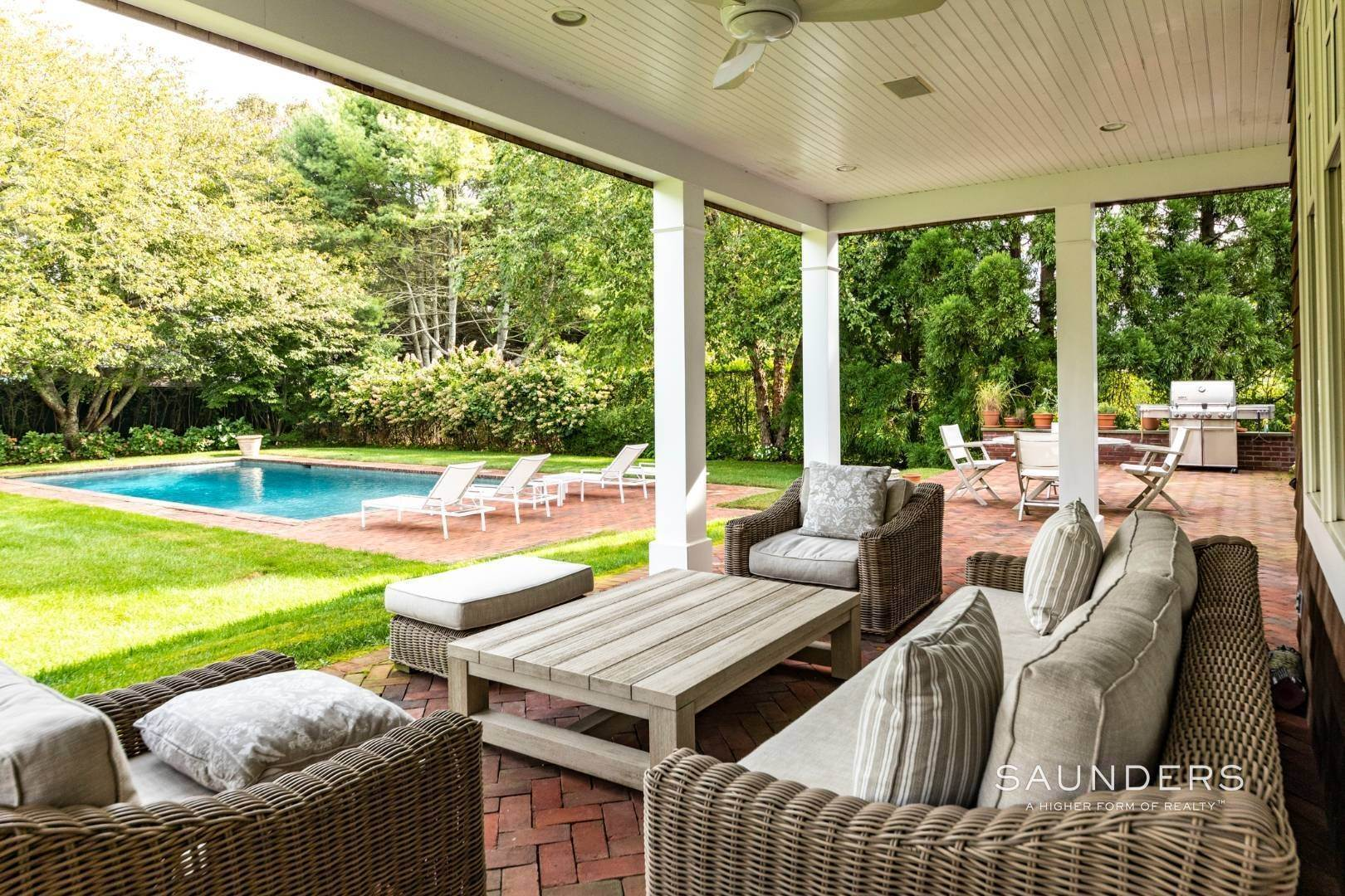 10. Single Family Homes at Beautiful Village Lane - 2 Weeks East Hampton, East Hampton Town, NY 11937
