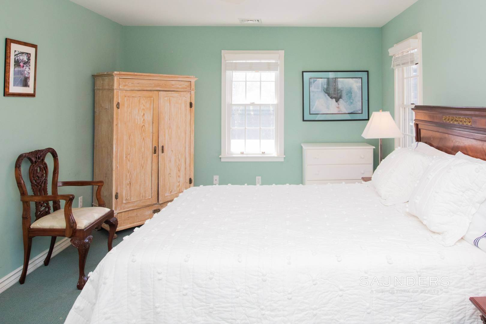 21. Single Family Homes at Southampton Village Rental In Prime Location Southampton, Southampton Town, NY 11968