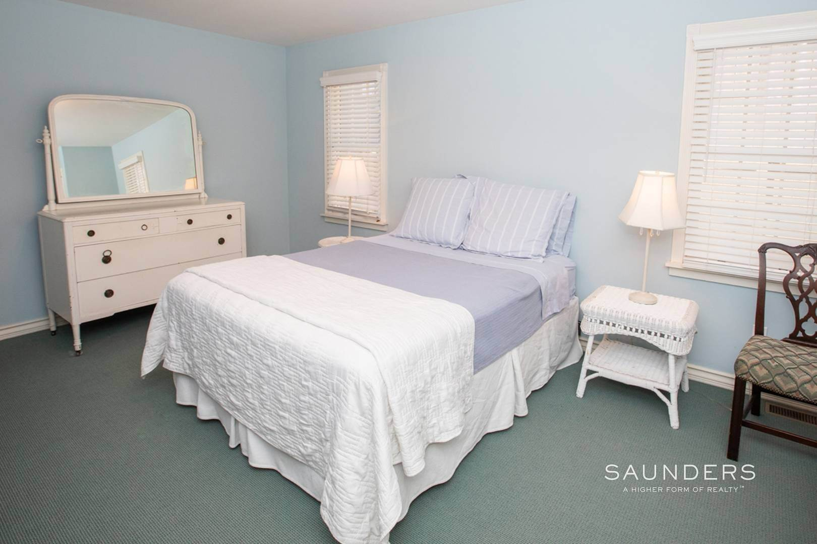 14. Single Family Homes at Southampton Village Rental In Prime Location Southampton, Southampton Town, NY 11968