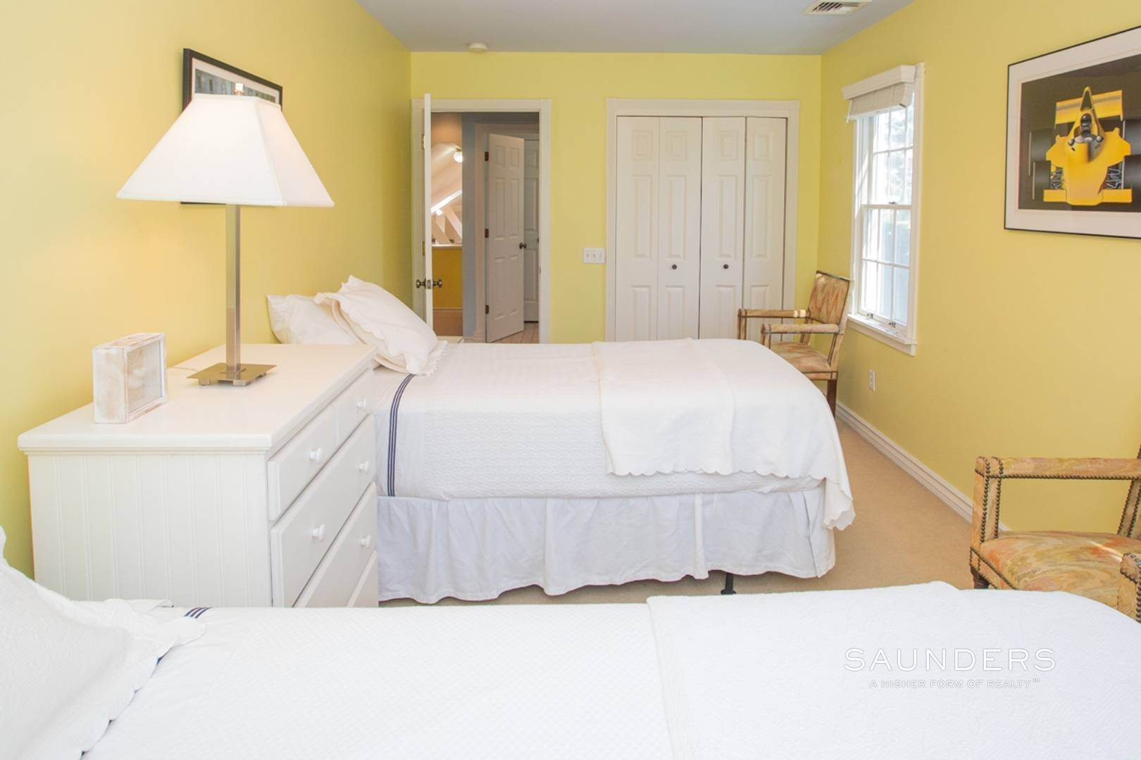 19. Single Family Homes at Southampton Village Rental In Prime Location Southampton, Southampton Town, NY 11968