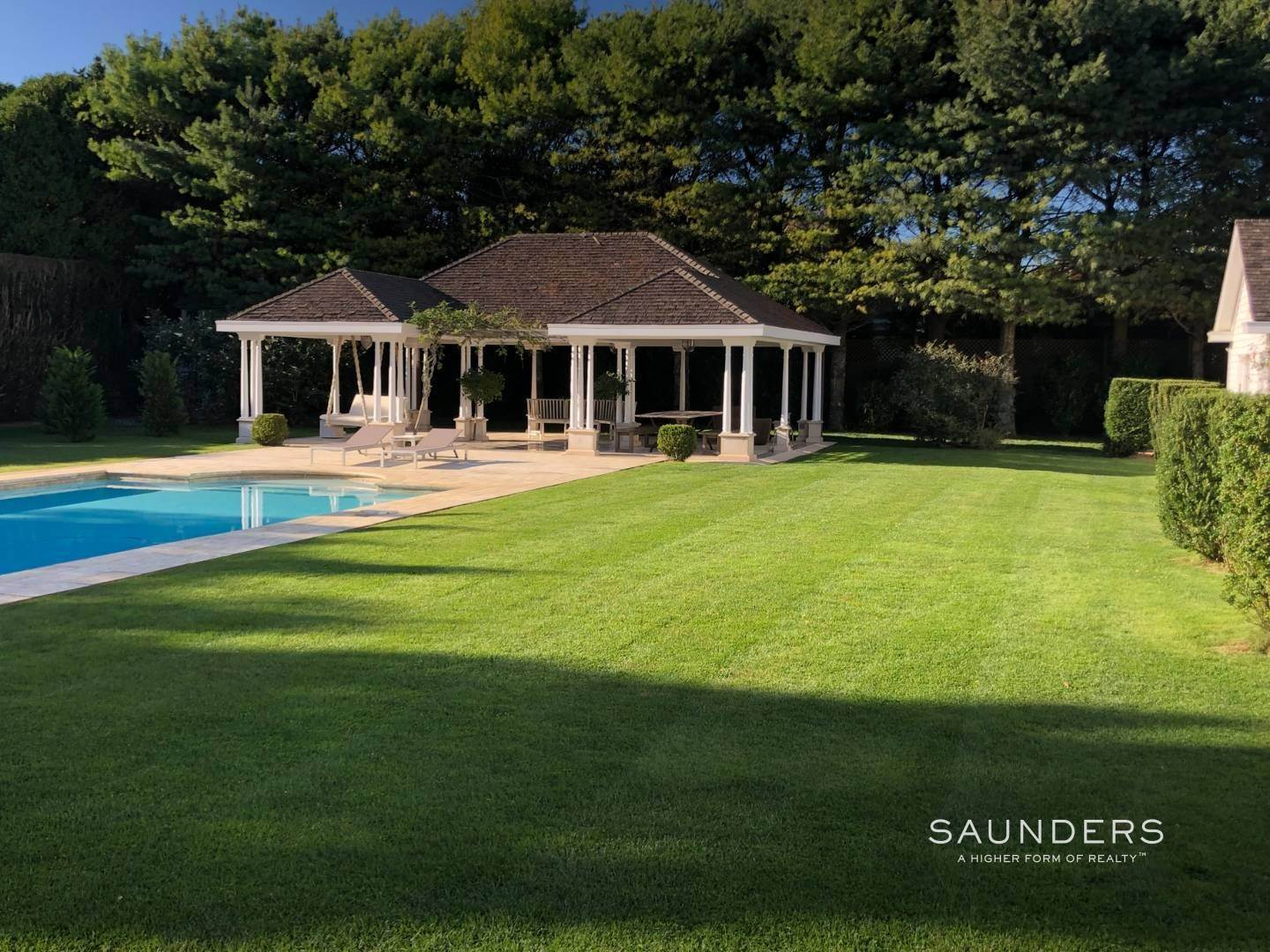 5. Single Family Homes at Southampton Village Estate Summer House Southampton, Southampton Town, NY 11968