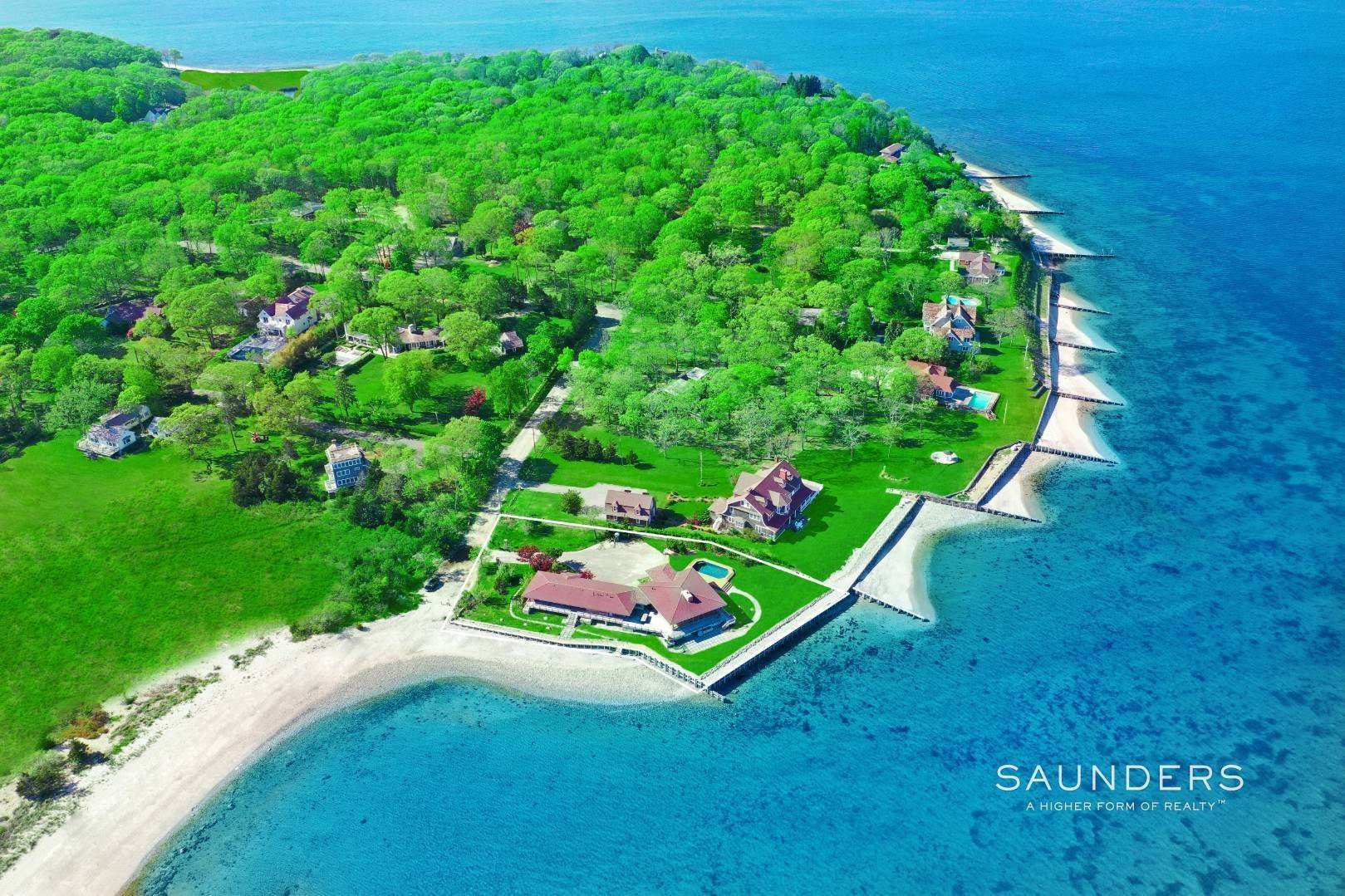 2. Single Family Homes for Sale at Shelter Island Mid Century Modern Beach House With Pool Shelter Island Heights, Shelter Island, NY 11964