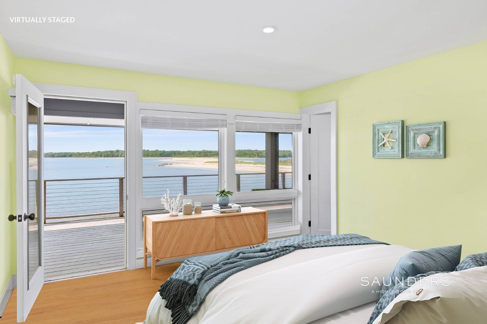 21. Single Family Homes for Sale at Shelter Island Mid Century Modern Beach House With Pool Shelter Island Heights, Shelter Island, NY 11964