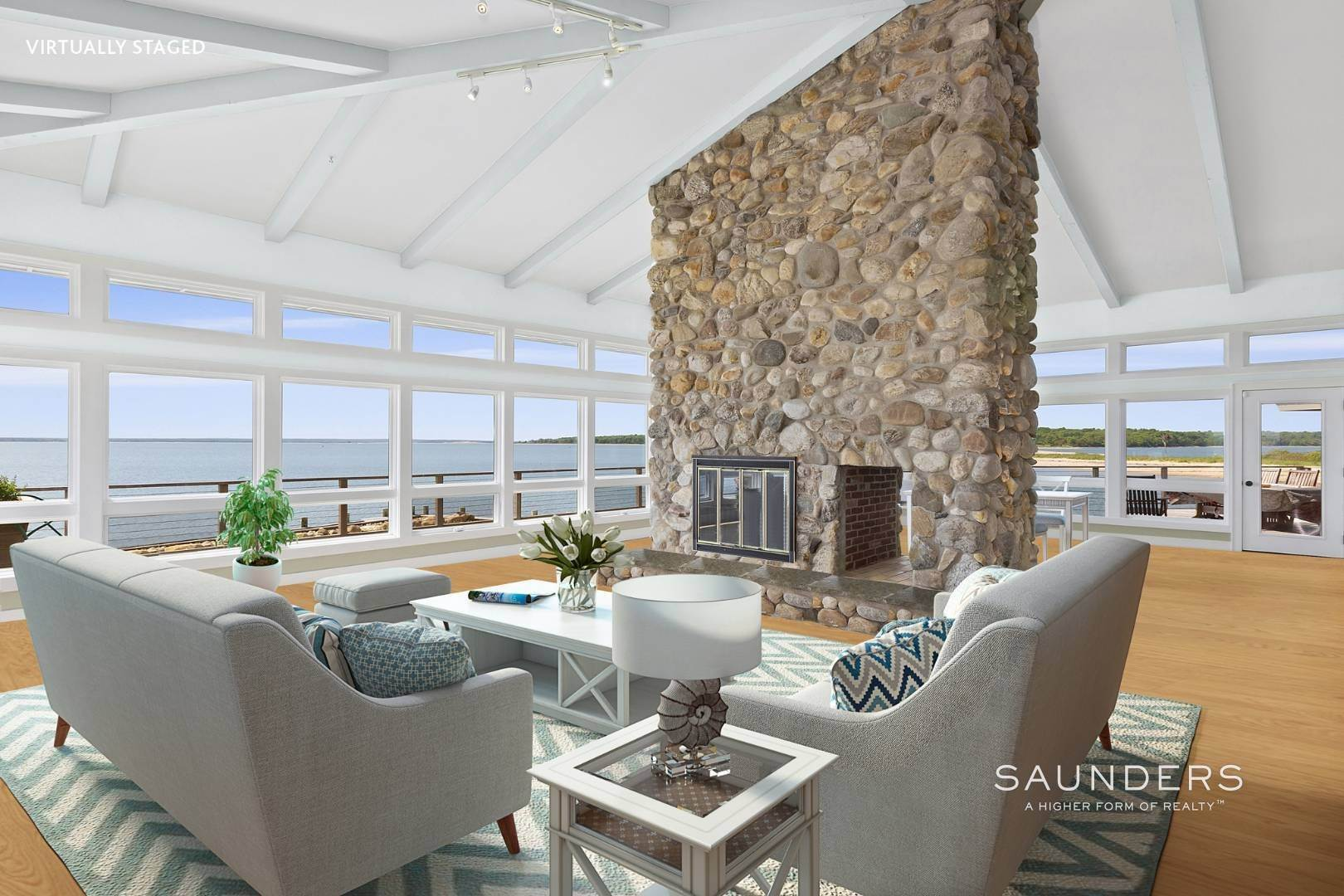 9. Single Family Homes for Sale at Shelter Island Mid Century Modern Beach House With Pool Shelter Island Heights, Shelter Island, NY 11964