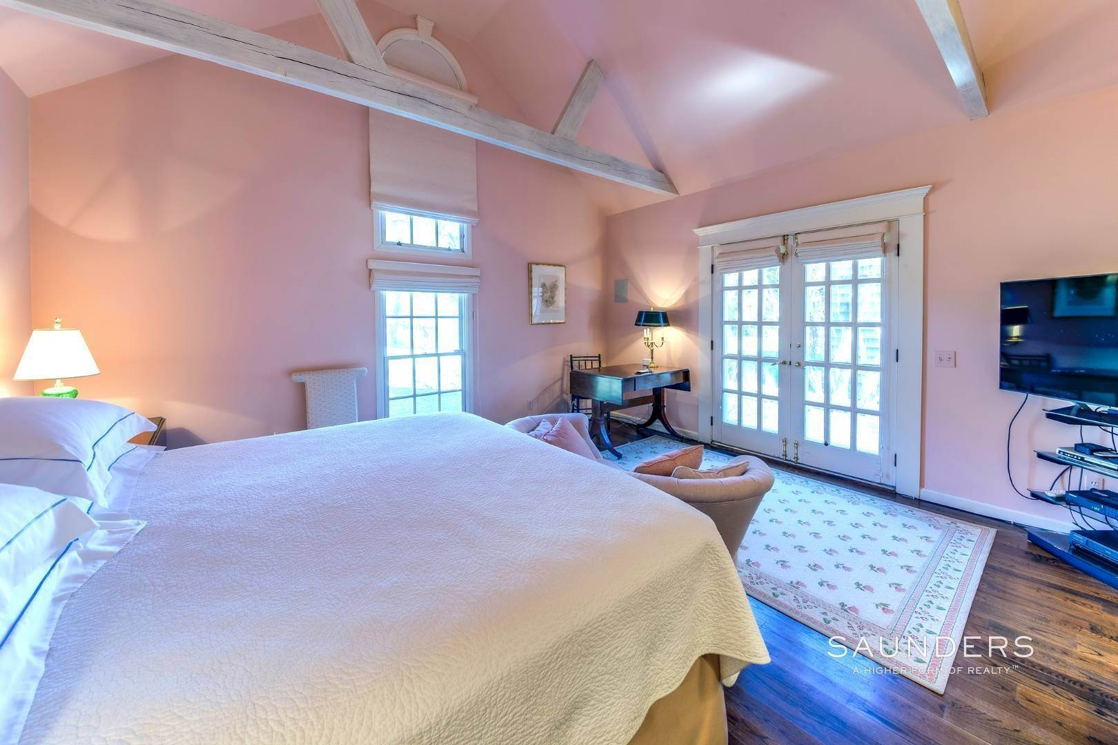 21. Single Family Homes at Picturesque Hedges Lane Summer Rental Undisclosed Address, Sagaponack Village, Southampton Town, NY 11962