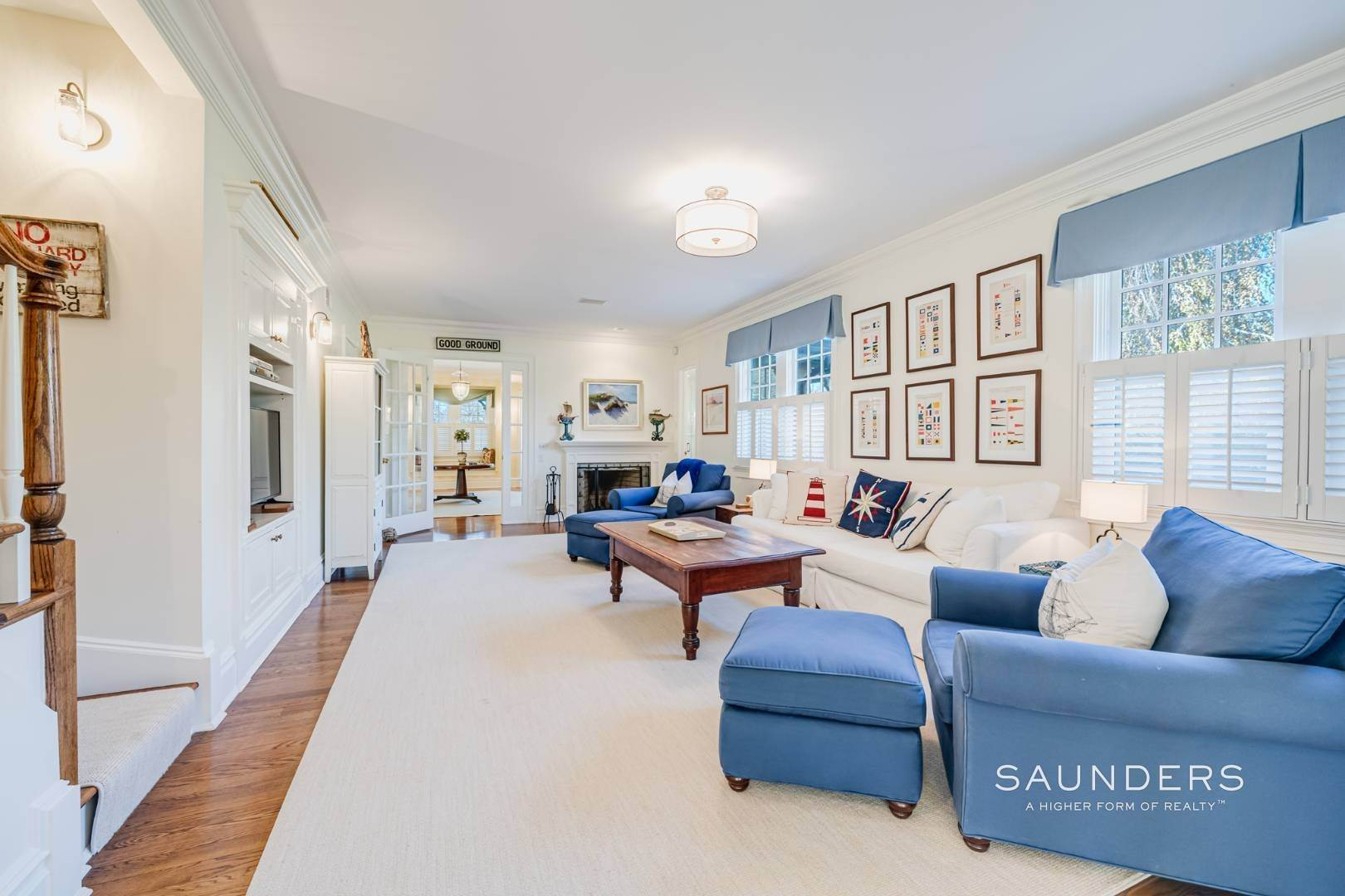5. Single Family Homes at Luxury In Southampton's Estate Section Southampton, Southampton Town, NY 11968