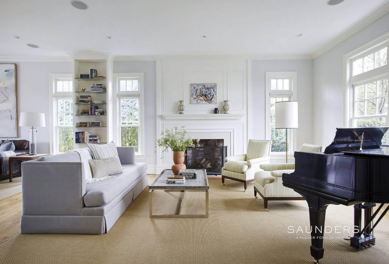 6. Single Family Homes for Sale at Southampton Village Elegance And Grace 3 Halsey Path, Southampton, Southampton Town, NY 11968