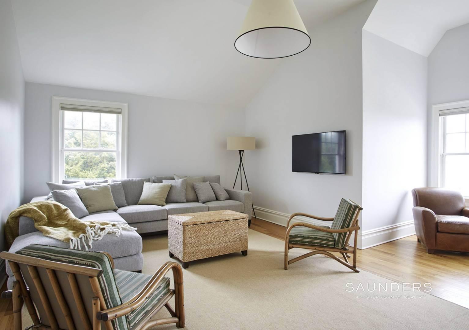 12. Single Family Homes for Sale at Southampton Village Elegance And Grace 3 Halsey Path, Southampton, Southampton Town, NY 11968