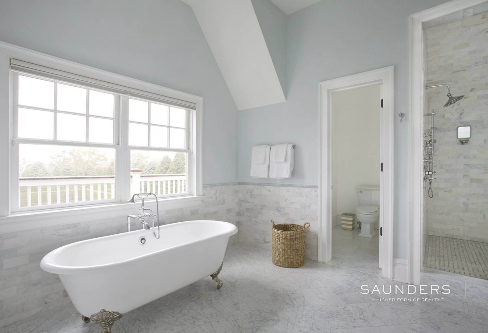 13. Single Family Homes for Sale at Southampton Village Elegance And Grace 3 Halsey Path, Southampton, Southampton Town, NY 11968