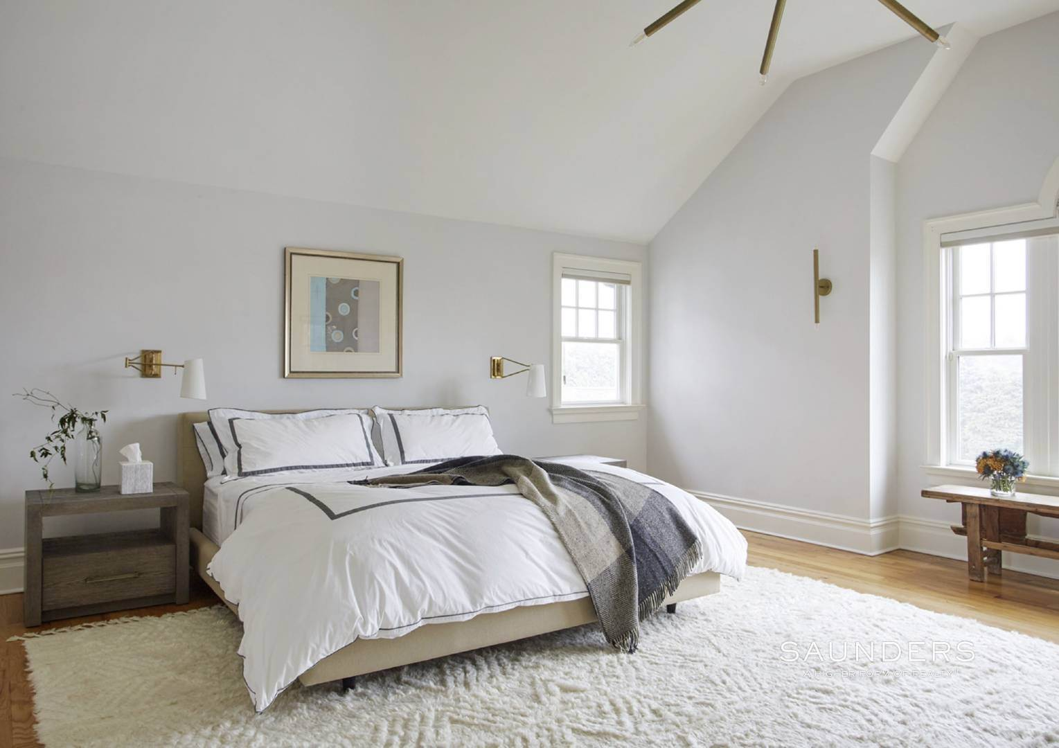 10. Single Family Homes for Sale at Southampton Village Elegance And Grace 3 Halsey Path, Southampton, Southampton Town, NY 11968