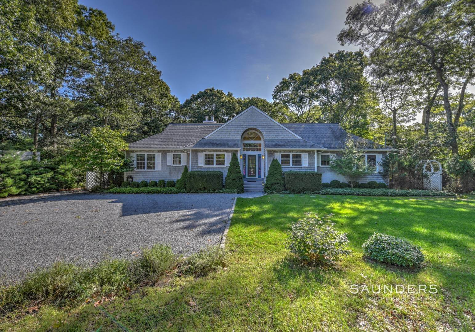 2. Single Family Homes at Beautiful And Private In East Hampton East Hampton, East Hampton Town, NY 11937