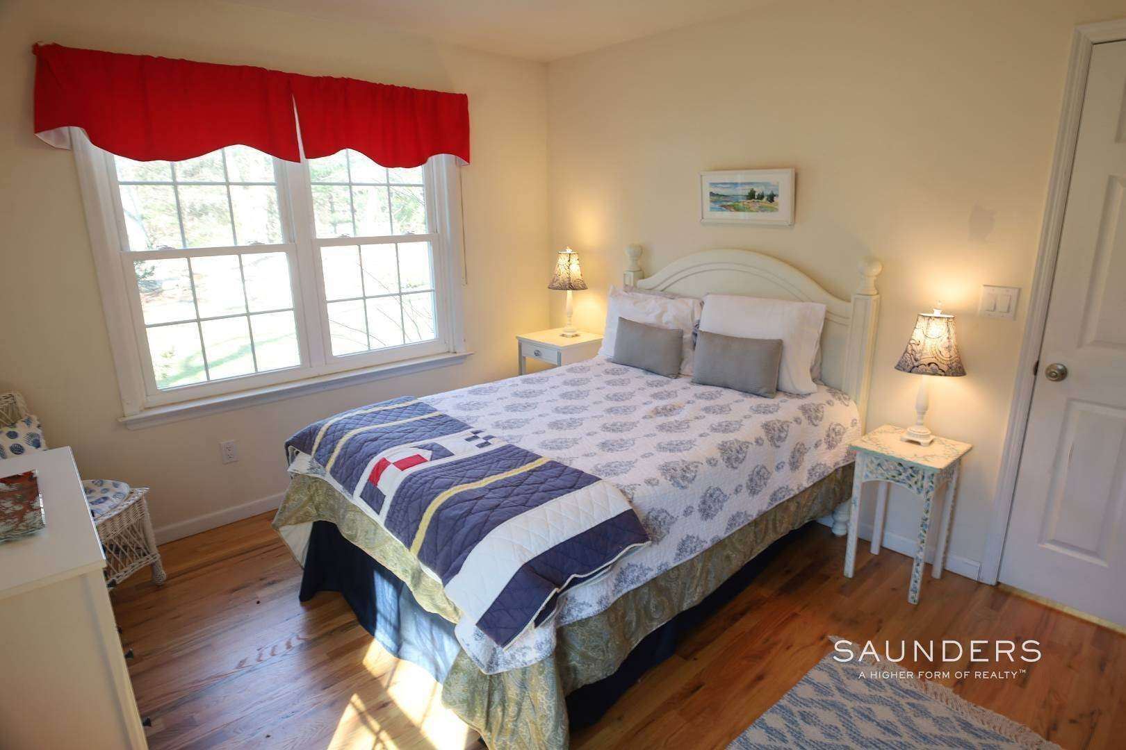 17. Single Family Homes at Beautiful And Private In East Hampton East Hampton, East Hampton Town, NY 11937
