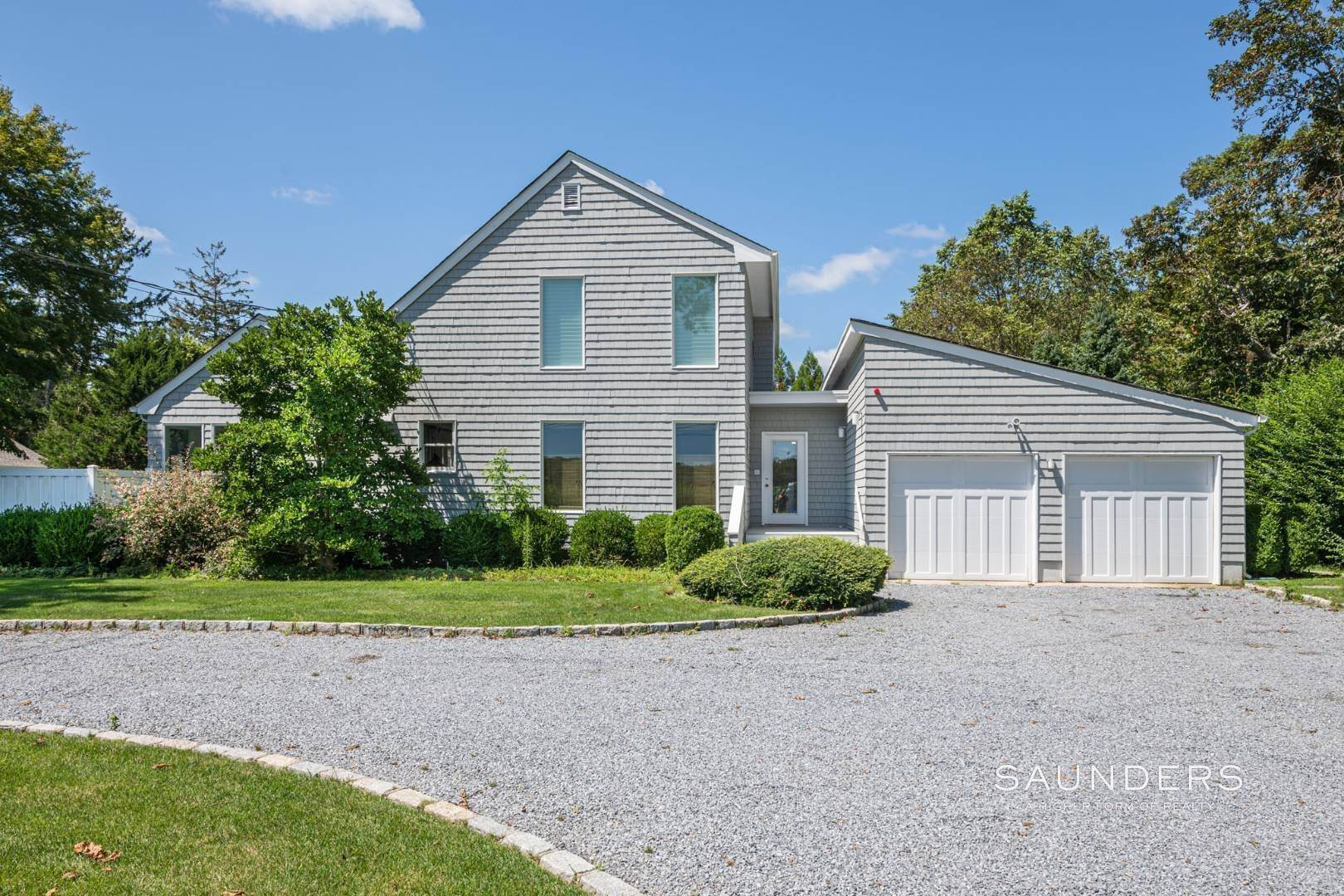 Single Family Homes at Sophisticated Charm Summer Rental 41 Baycrest Avenue, Westhampton, Southampton Town, NY 11977