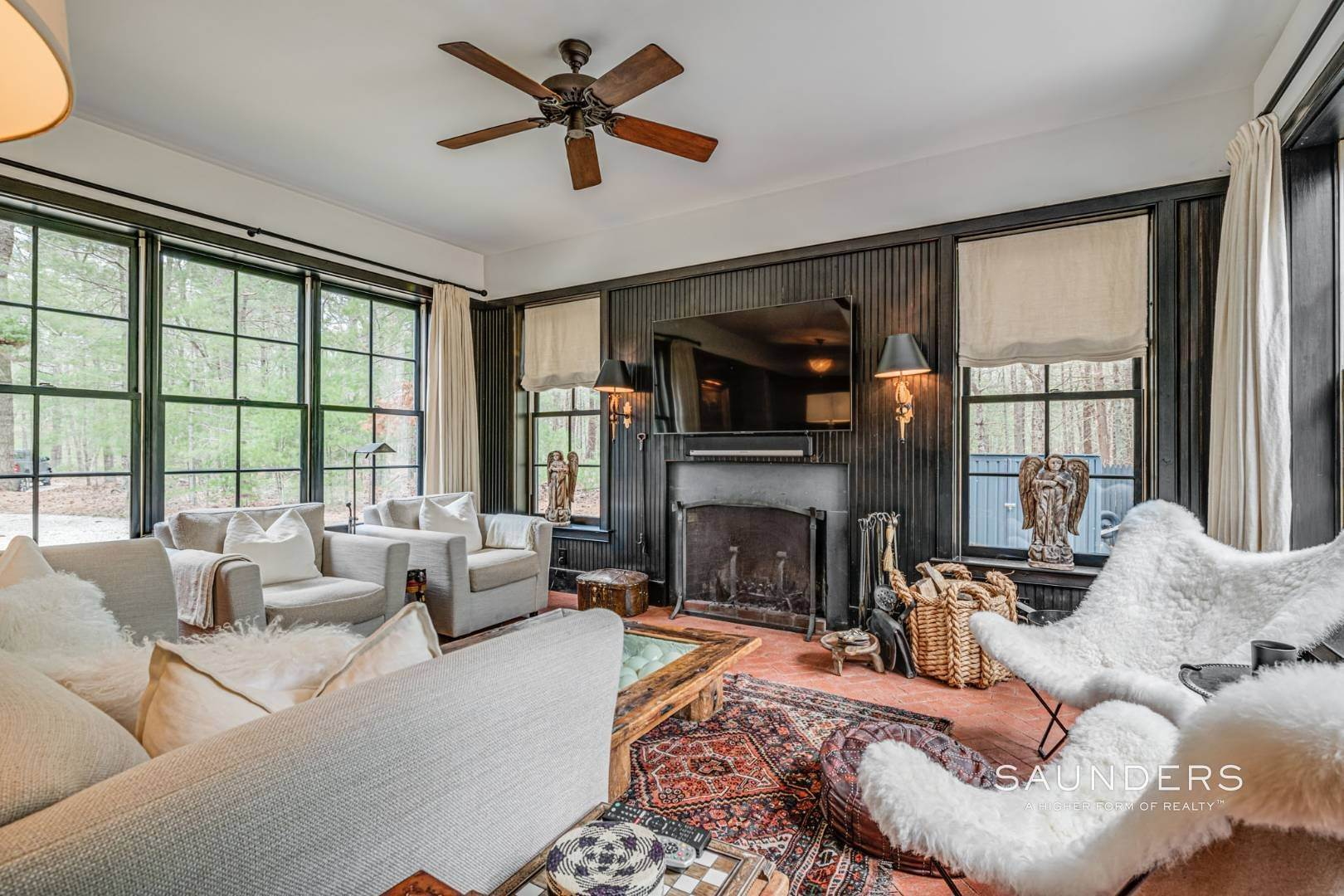 5. Single Family Homes for Sale at Retreat On Larkin Pond 132 Swamp Road, East Hampton, East Hampton Town, NY 11937