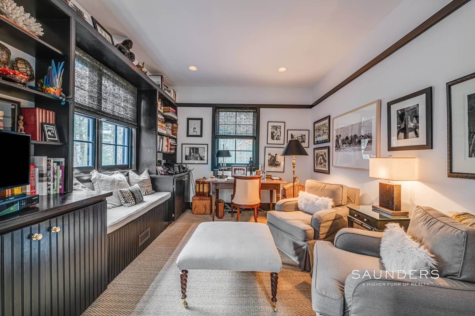 10. Single Family Homes for Sale at Retreat On Larkin Pond 132 Swamp Road, East Hampton, East Hampton Town, NY 11937