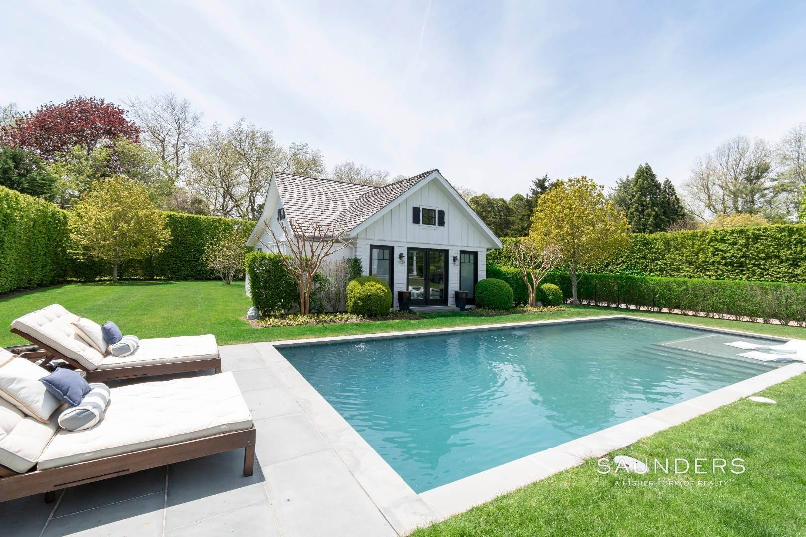26. Single Family Homes at Village Perfection 63 Meadow Way, East Hampton, East Hampton Town, NY 11937