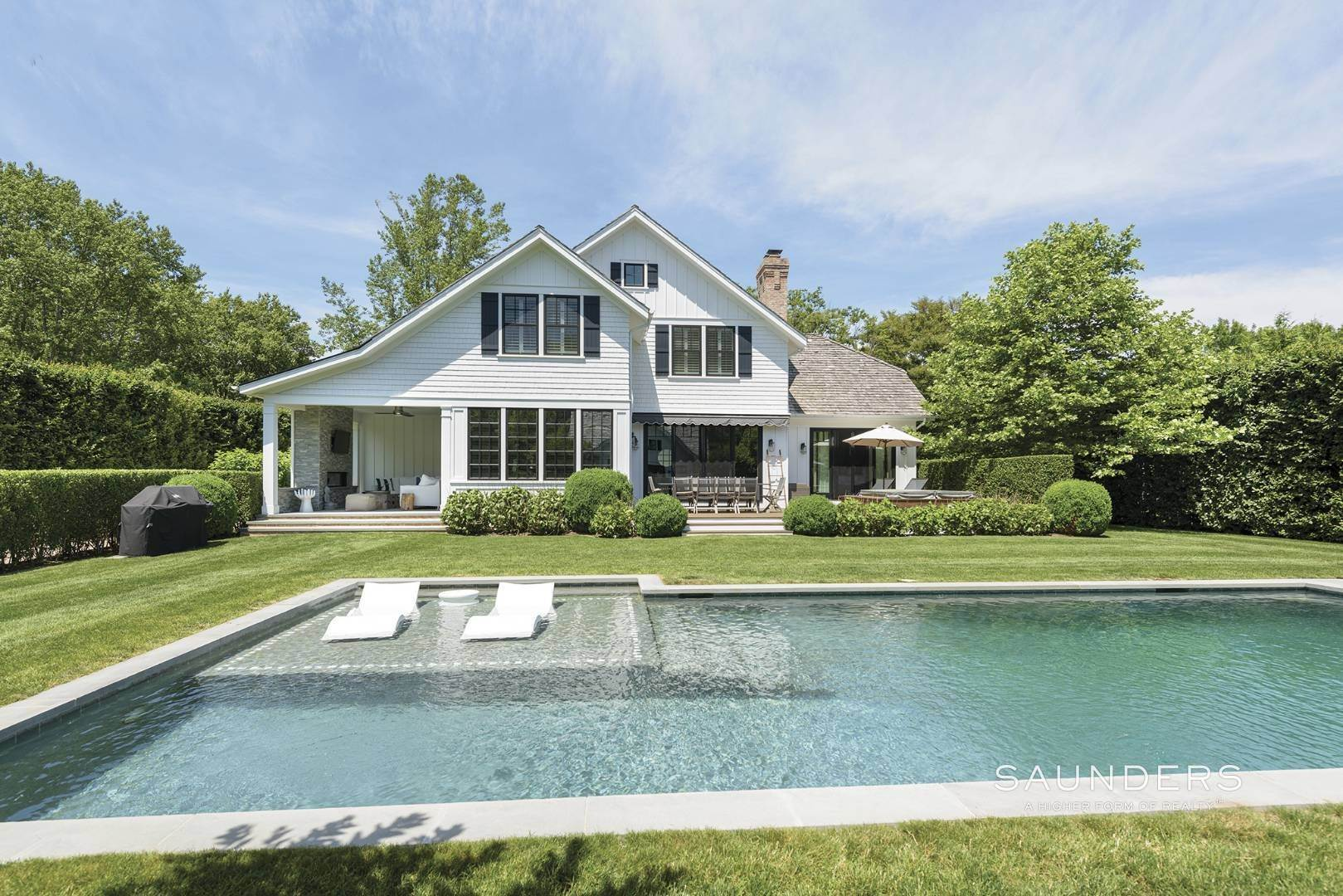 28. Single Family Homes at Village Perfection 63 Meadow Way, East Hampton, East Hampton Town, NY 11937