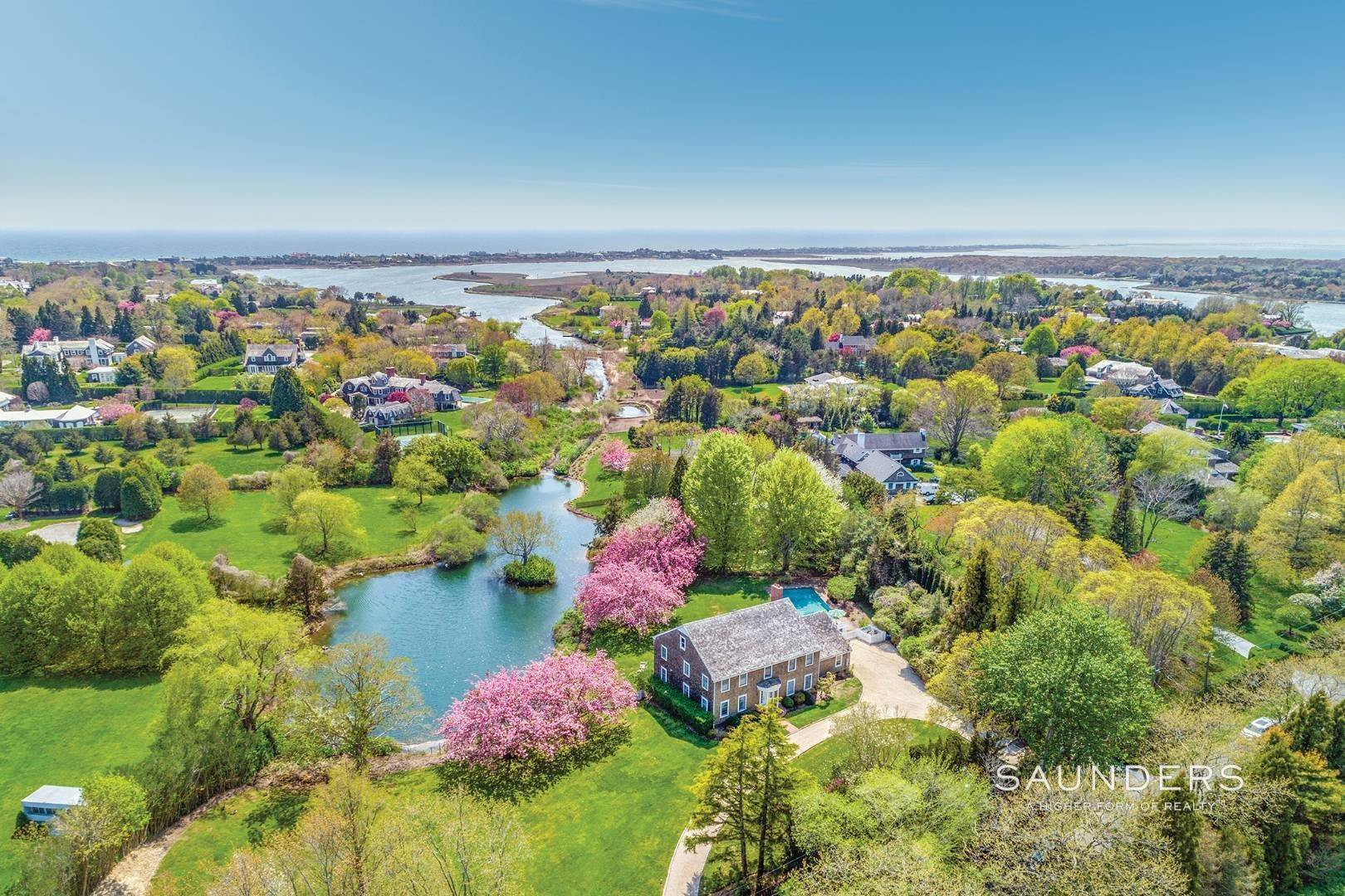 11. Single Family Homes for Sale at Waterfront Home In Southampton Village Estate Section 370 Great Plains Road, Southampton, Southampton Town, NY 11968