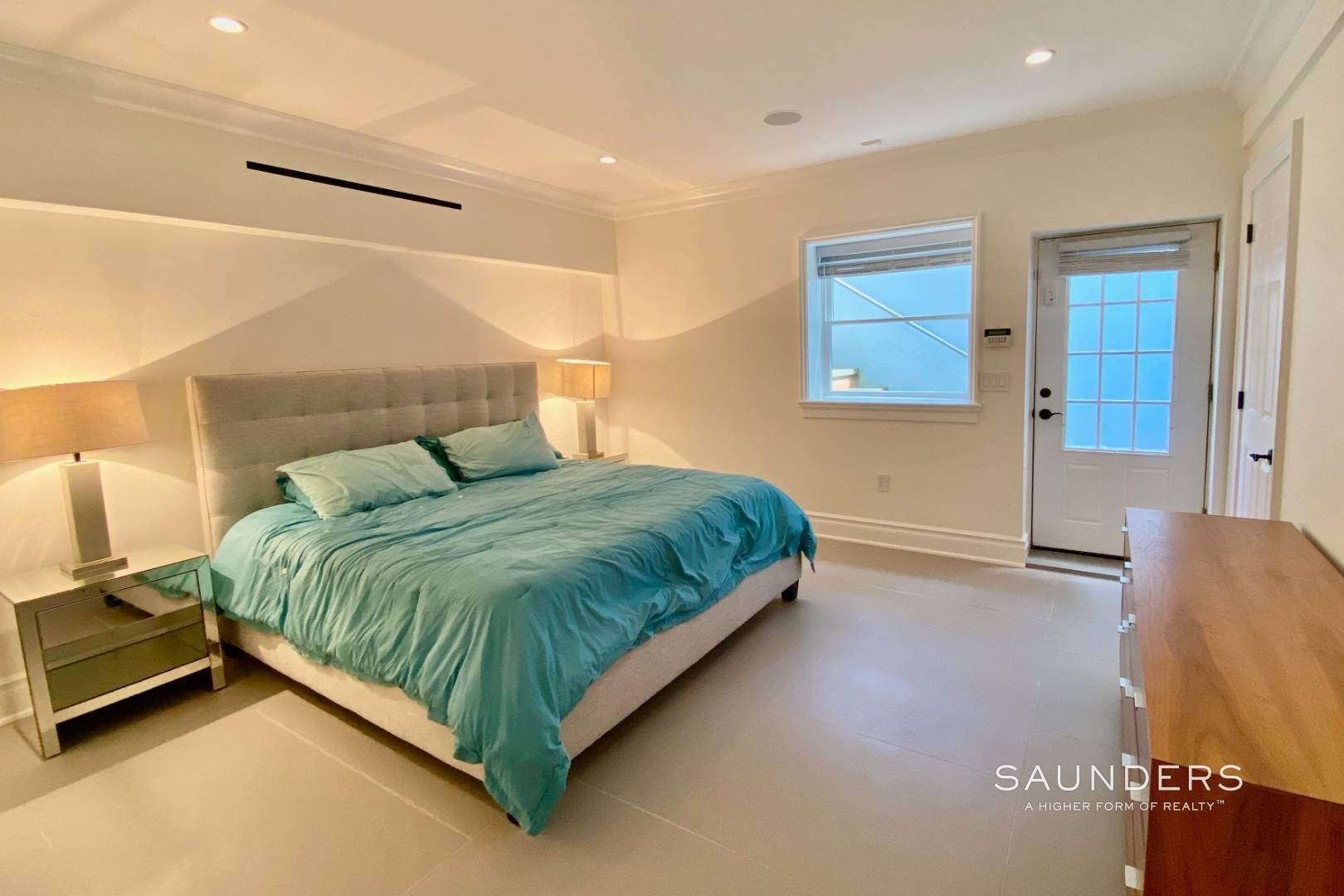 19. Single Family Homes at Loaded Amagansett South Rental 197 Skimhampton Road, Amagansett, East Hampton Town, NY 11937
