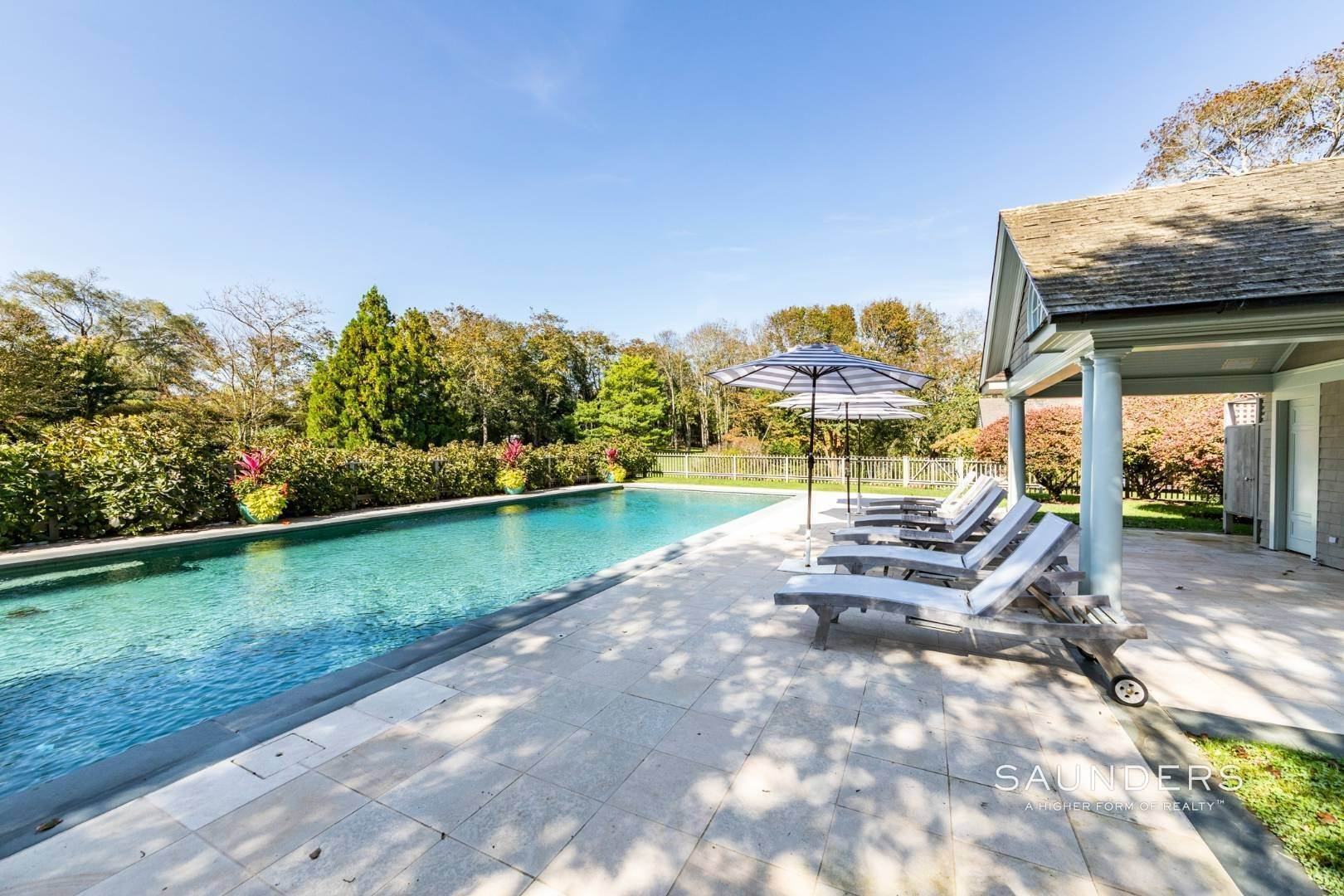 5. Single Family Homes at Extraordinary East Hampton Estate 7 Middle Lane, East Hampton, East Hampton Town, NY 11937
