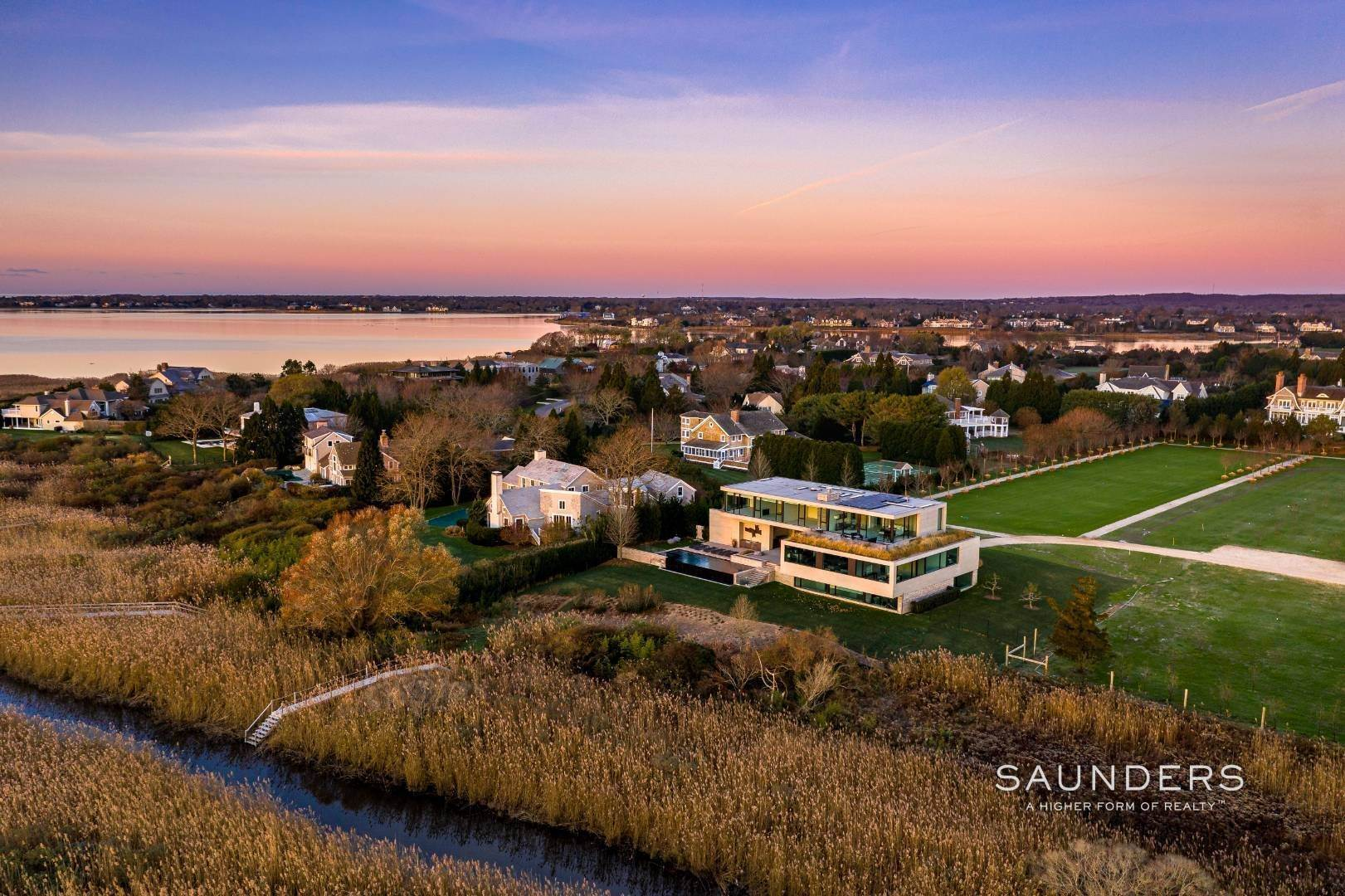 25. Single Family Homes for Sale at Modern Perfection, Sweeping Bay And Ocean Vistas 82 Wheaton Way, Water Mill, Southampton Town, NY 11976
