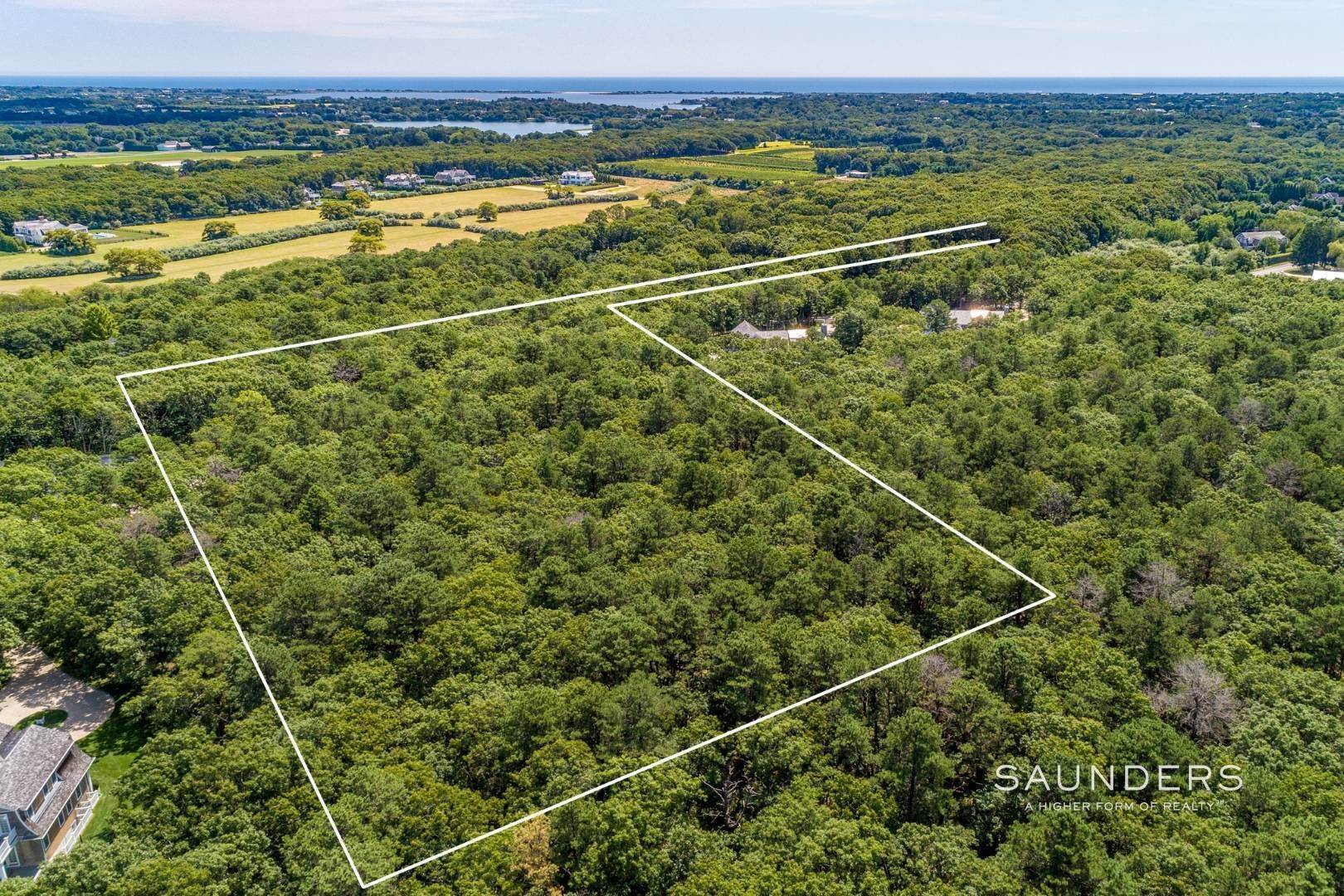 Land at End User's Dream, Builder's Delight 417 Edge Of Woods Road, Southampton, Southampton Town, NY 11968