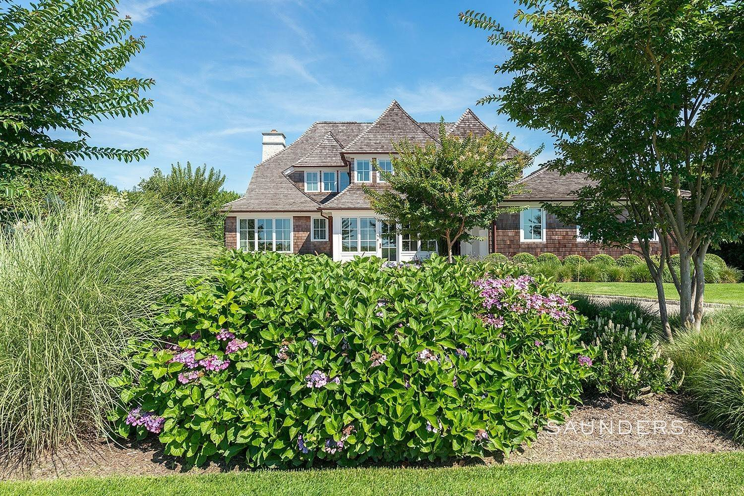 2. Single Family Homes at Dream Come True Rental In Sagaponack 216 Parsonage Lane, Sagaponack Village, Southampton Town, NY 11962