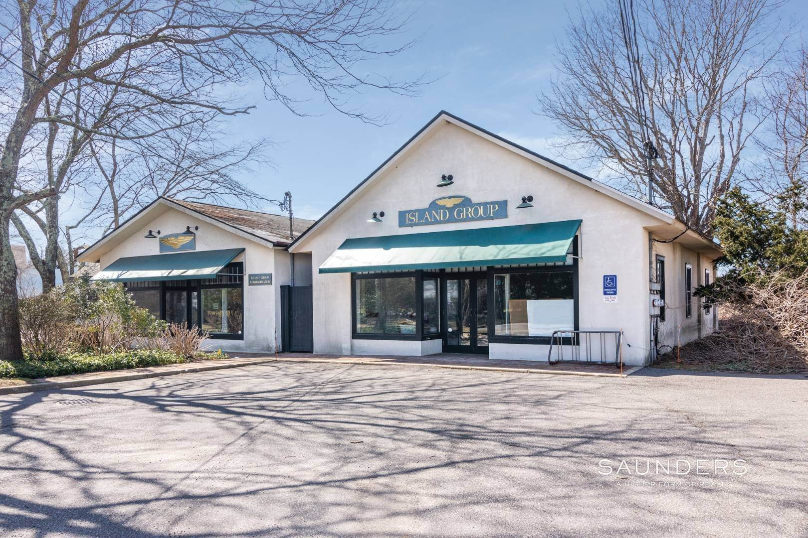 2. Commercial for Sale at East Hampton Village Commercial Property 5 Toilsome Lane, East Hampton, East Hampton Town, NY 11937