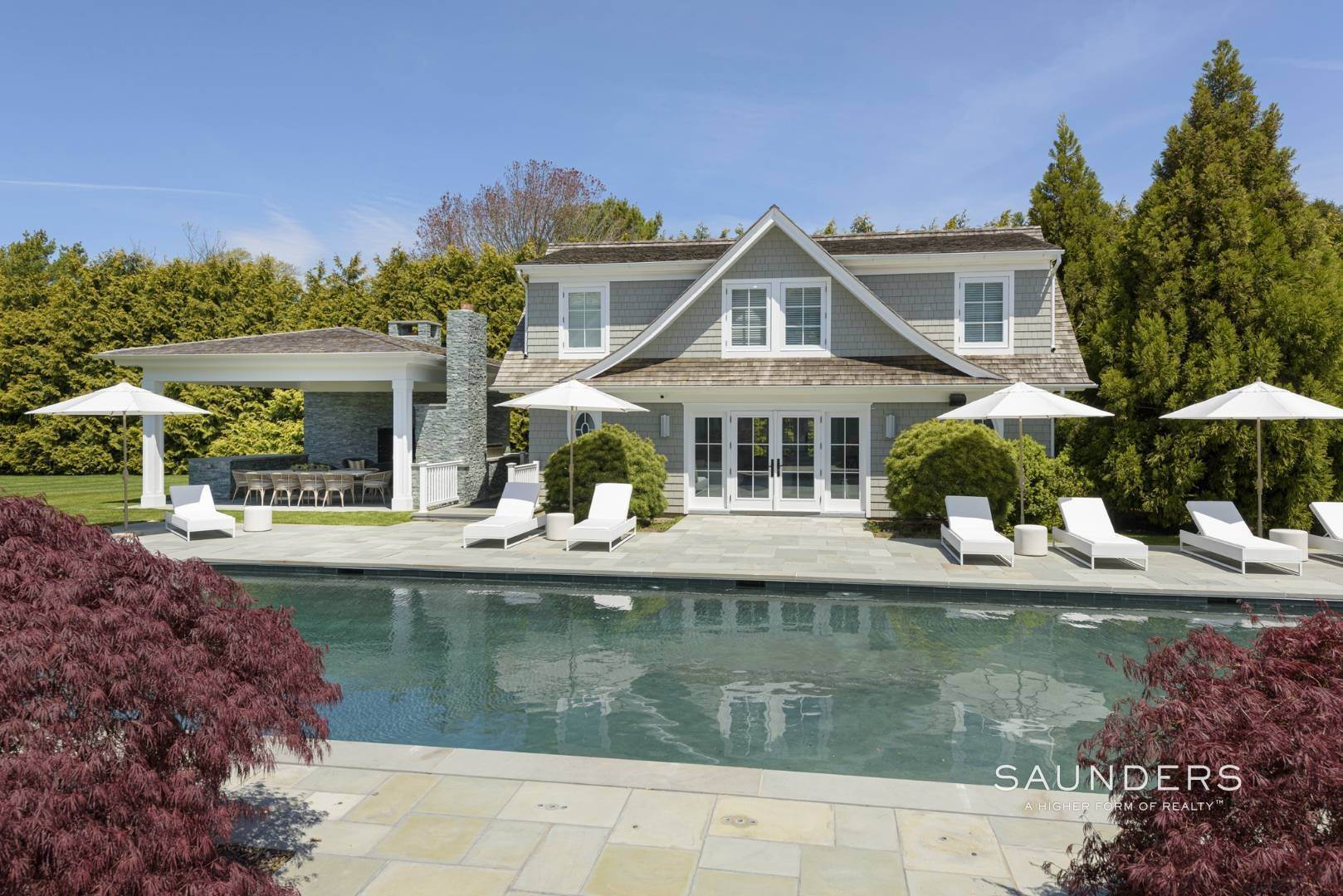 5. Single Family Homes at Bridgehampton South Estate 104 Halsey Lane, Bridgehampton, Southampton Town, NY 11932