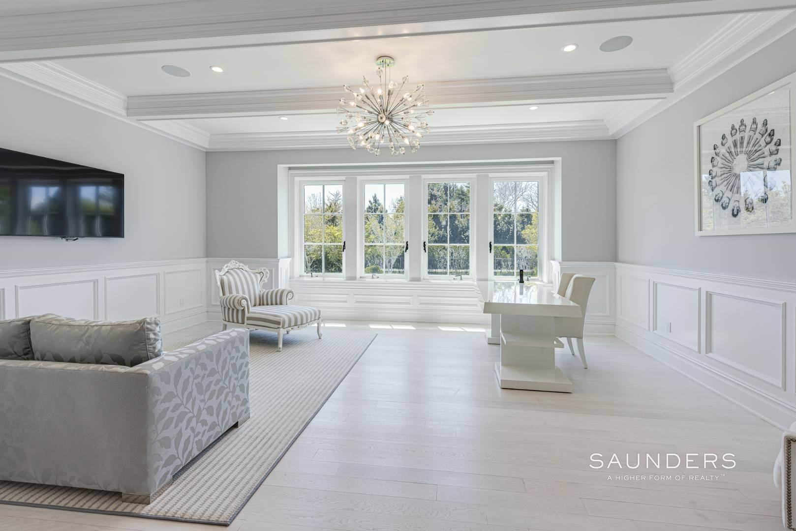 14. Single Family Homes at Bridgehampton South Estate 104 Halsey Lane, Bridgehampton, Southampton Town, NY 11932