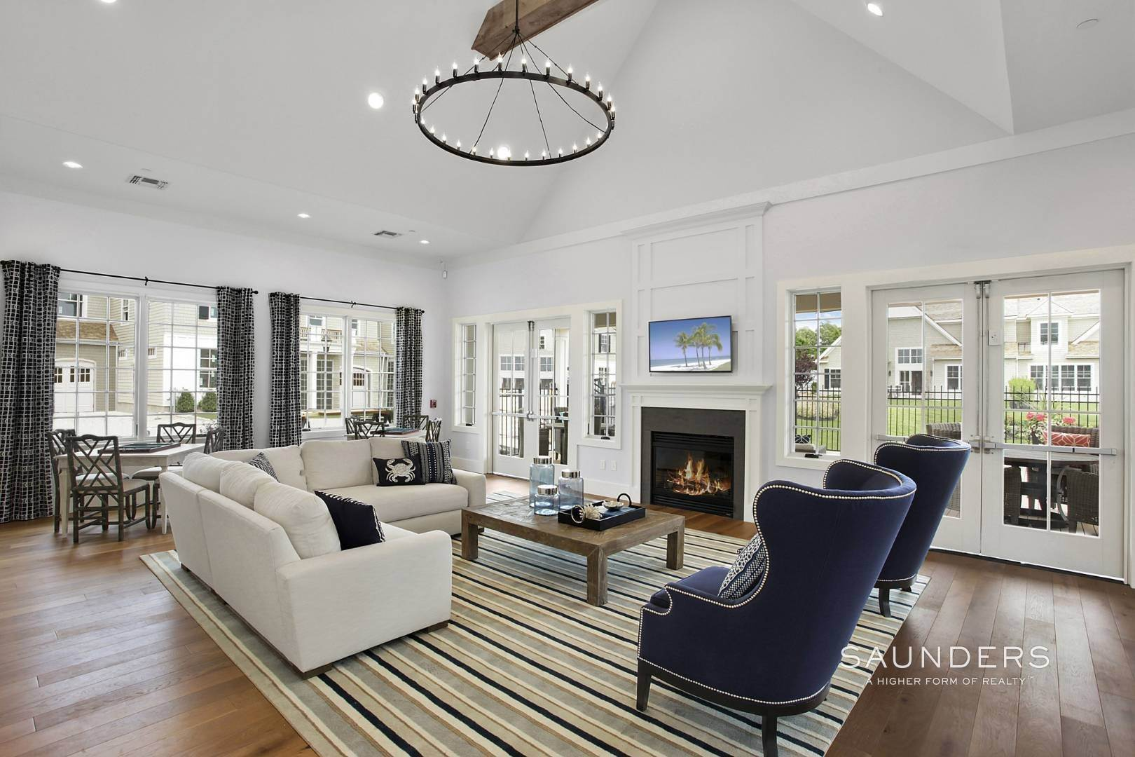 20. Single Family Homes for Sale at Bishops Pond Summer Sojourn Southampton, Southampton Town, NY 11968