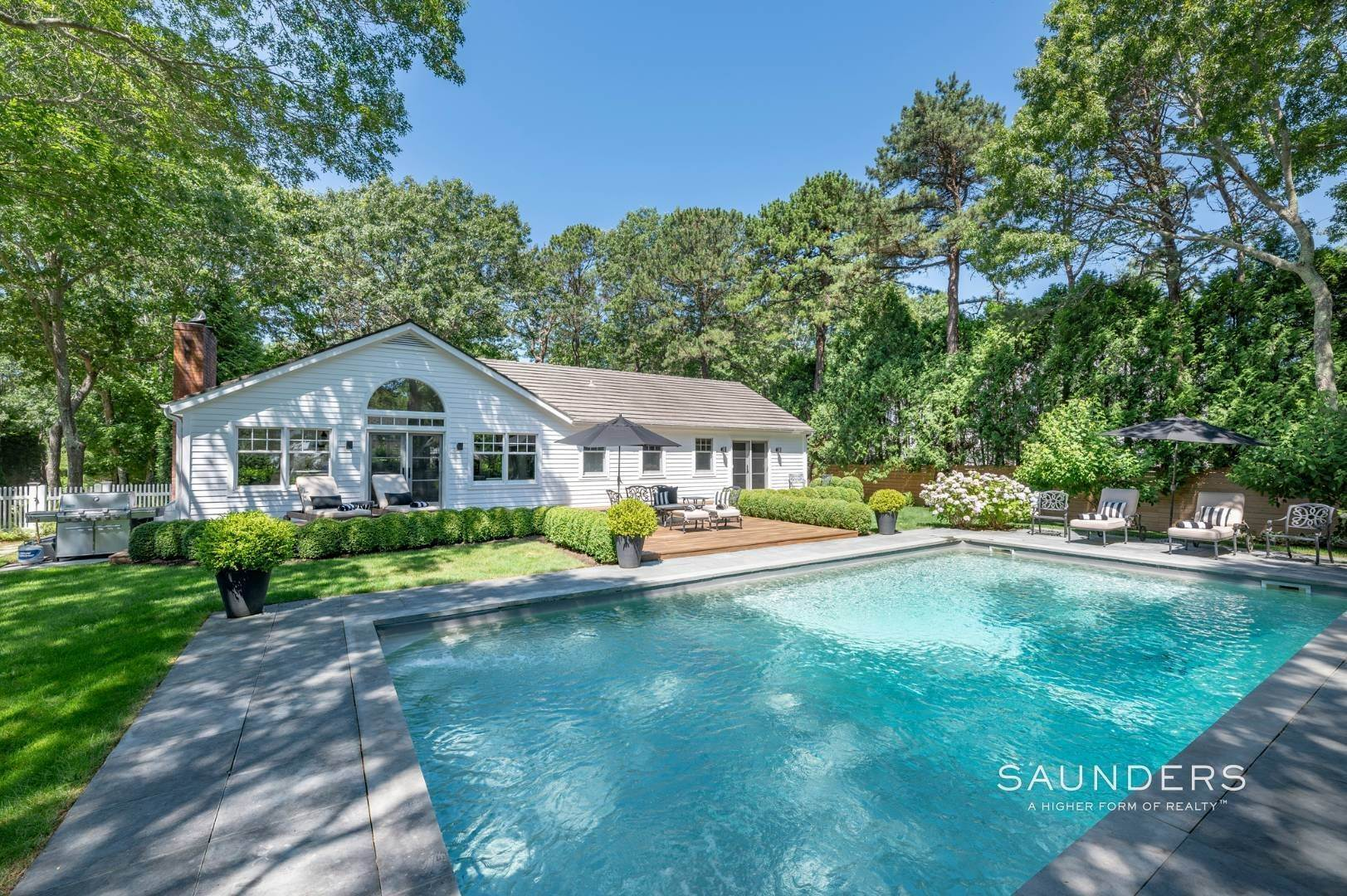 3. Single Family Homes for Sale at Modern Charm In Wainscott 32 East Gate Road, Wainscott, East Hampton Town, NY 11975