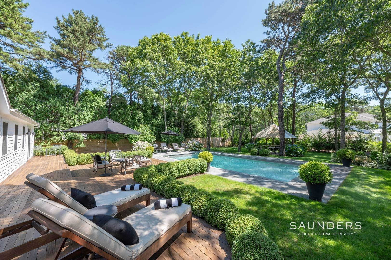 2. Single Family Homes for Sale at Modern Charm In Wainscott 32 East Gate Road, Wainscott, East Hampton Town, NY 11975