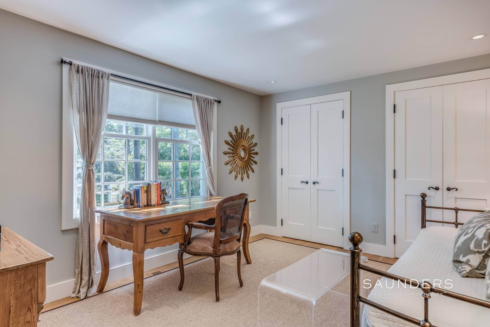 13. Single Family Homes for Sale at Modern Charm In Wainscott 32 East Gate Road, Wainscott, East Hampton Town, NY 11975