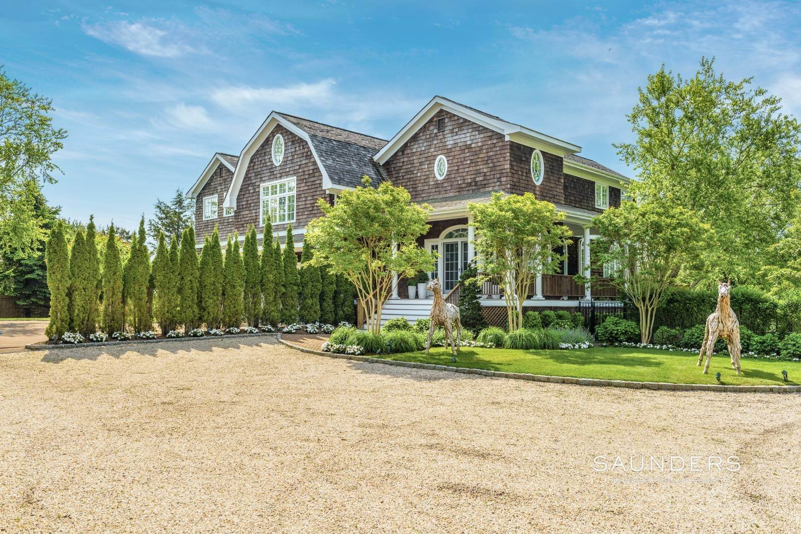 21. Single Family Homes for Sale at Southampton South Of Highway 24 Petrel Road, Southampton, Southampton Town, NY 11968