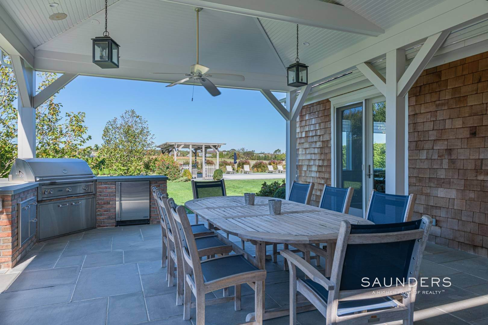 28. Single Family Homes at Exquisite Southampton Near Beach And Village With Pool 20 Mill Farm Lane, Water Mill, Southampton Town, NY 11976