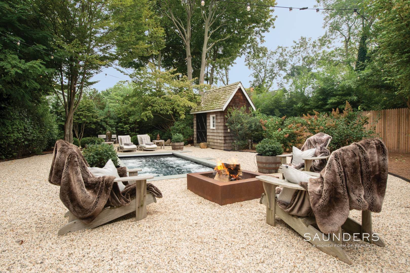 16. Single Family Homes for Sale at Sag Harbor Village Historic Renovation With Pool And Cottage 49 Rysam Street, Sag Harbor, Southampton Town, NY 11963