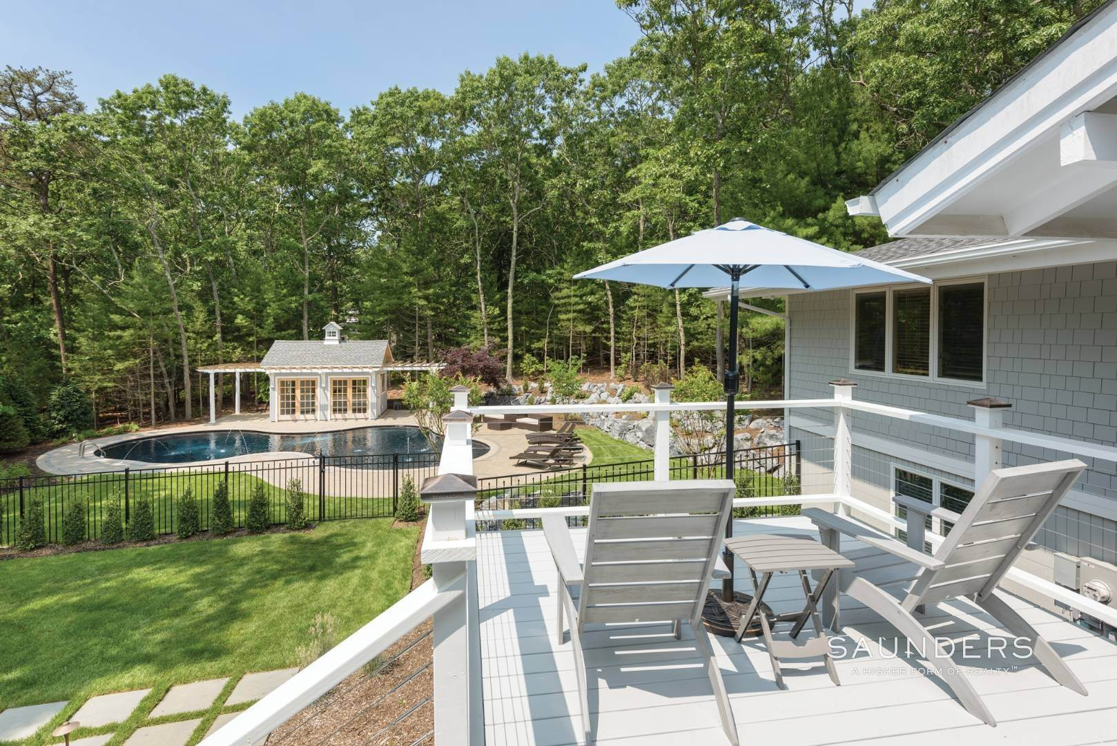 17. Single Family Homes for Sale at Newly Renovated Bright Contemporary Checks All Boxes 60 Old Northwest Road, East Hampton, East Hampton Town, NY 11937
