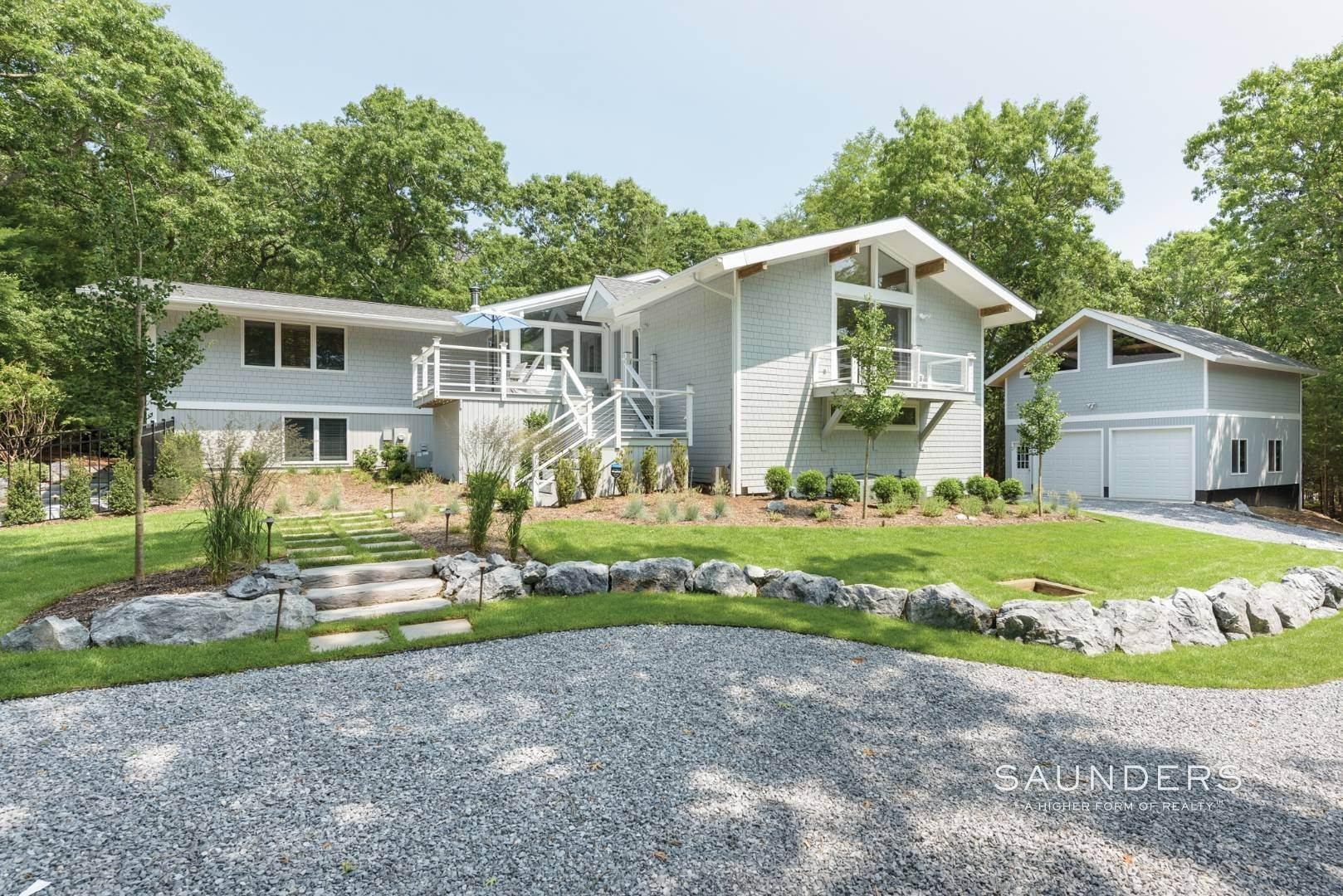 22. Single Family Homes for Sale at Newly Renovated Bright Contemporary Checks All Boxes 60 Old Northwest Road, East Hampton, East Hampton Town, NY 11937