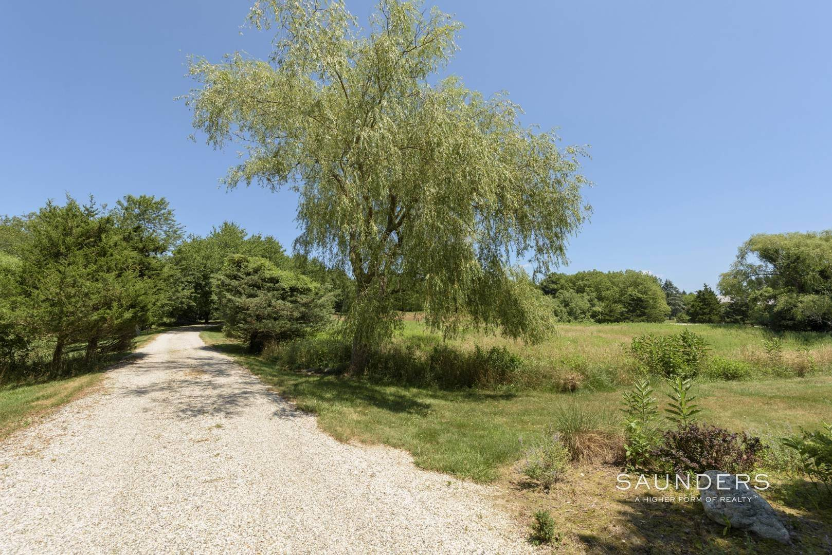6. Single Family Homes for Sale at Out Of Sight 412 Mitchell Lane, Bridgehampton, Southampton Town, NY 11932