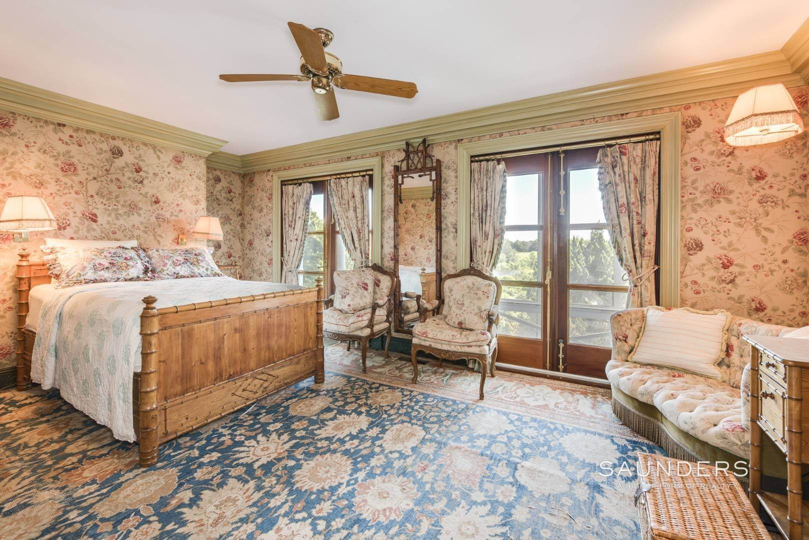 20. Single Family Homes for Sale at Out Of Sight 412 Mitchell Lane, Bridgehampton, Southampton Town, NY 11932