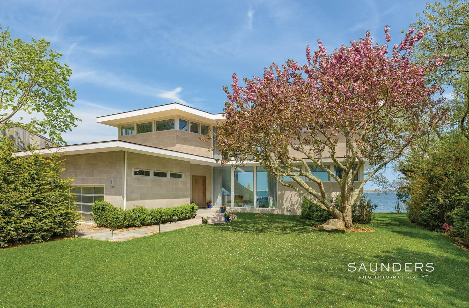 2. Single Family Homes for Sale at Modern Waterfront 15 Mashomuck Drive, Sag Harbor, Southampton Town, NY 11963