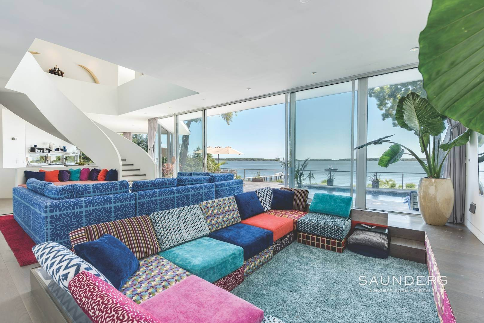 7. Single Family Homes for Sale at Modern Waterfront 15 Mashomuck Drive, Sag Harbor, Southampton Town, NY 11963