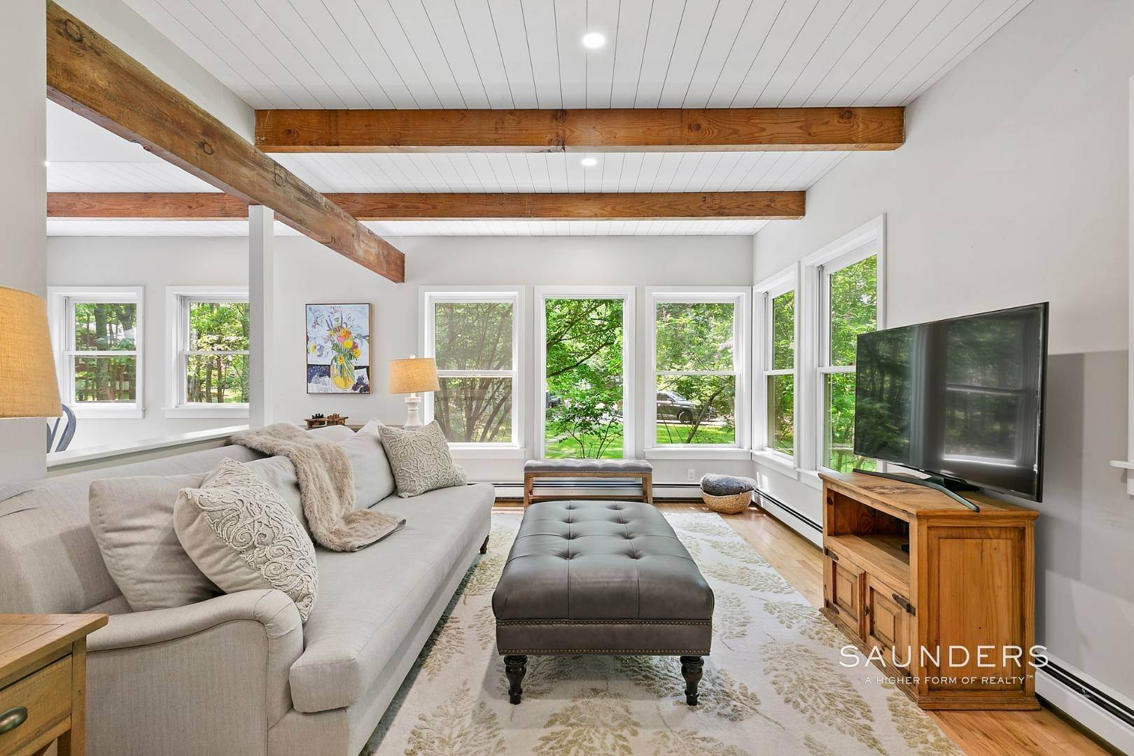 3. Single Family Homes for Sale at Post And Beam Beauty Southampton, Southampton Town, NY 11968